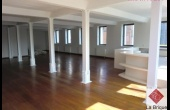 * Loué * BRUXELLES - LOFT 200 m² 3 chambres