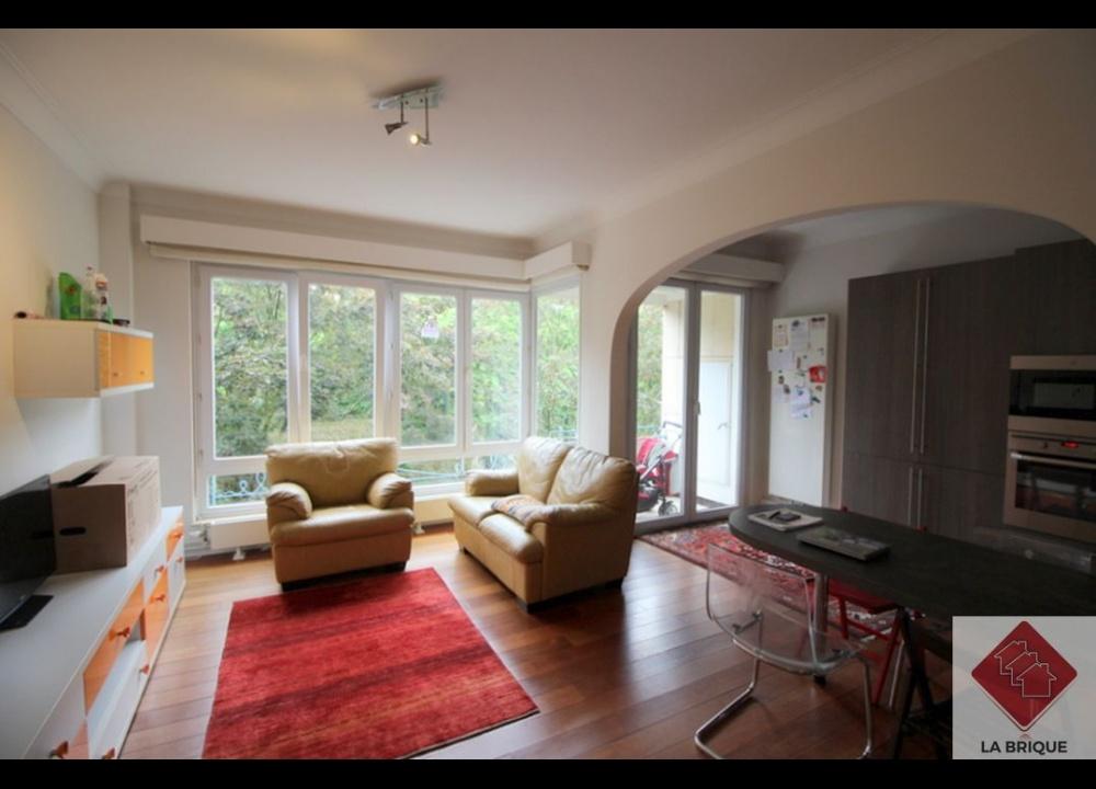 LAEKEN - Appartement 2 chambres et garage
