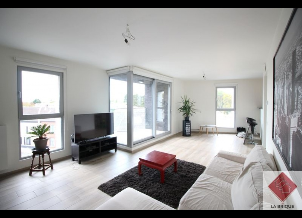 * Loué* WATERLOO - Appartement 2 chambres