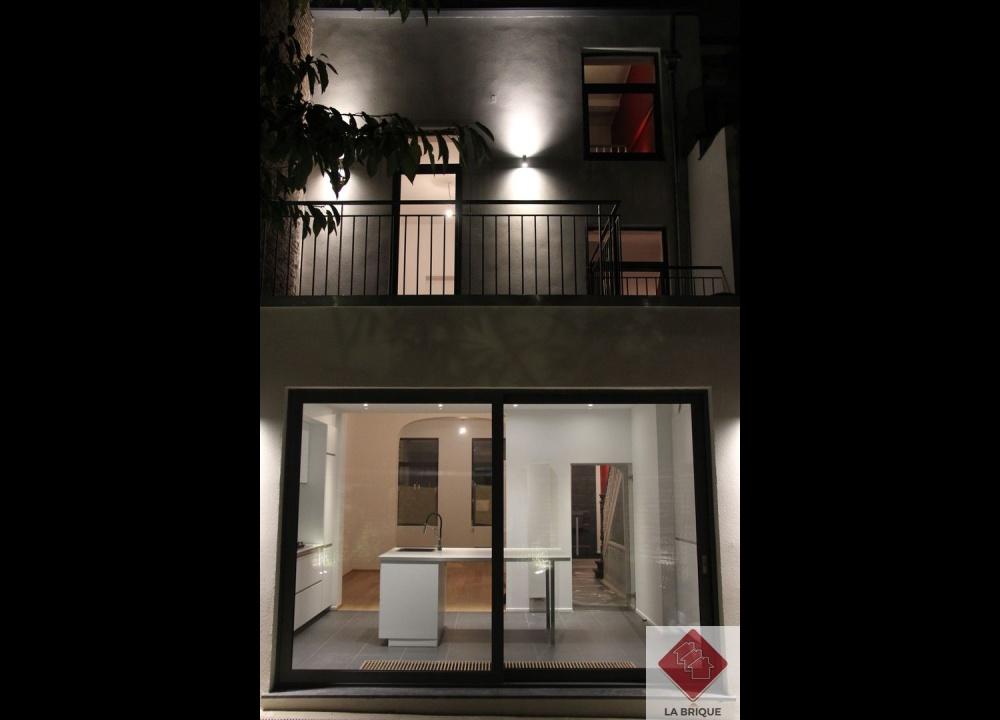 *** Loué*** A LOUER - ETTERBEEK - Maison 4 chambres et jardin