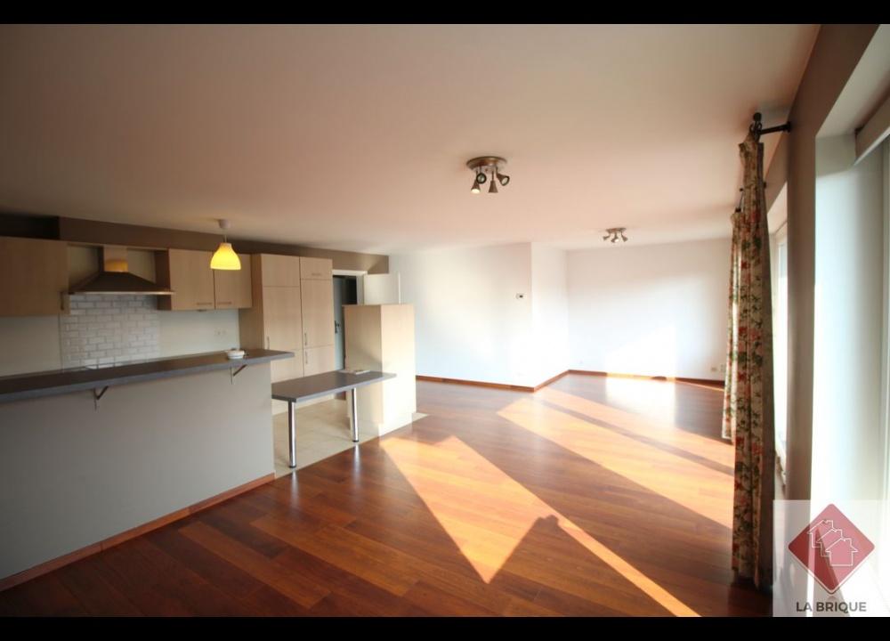 * Loué* - WATERLOO - Appartement 2 chambres et terrasse
