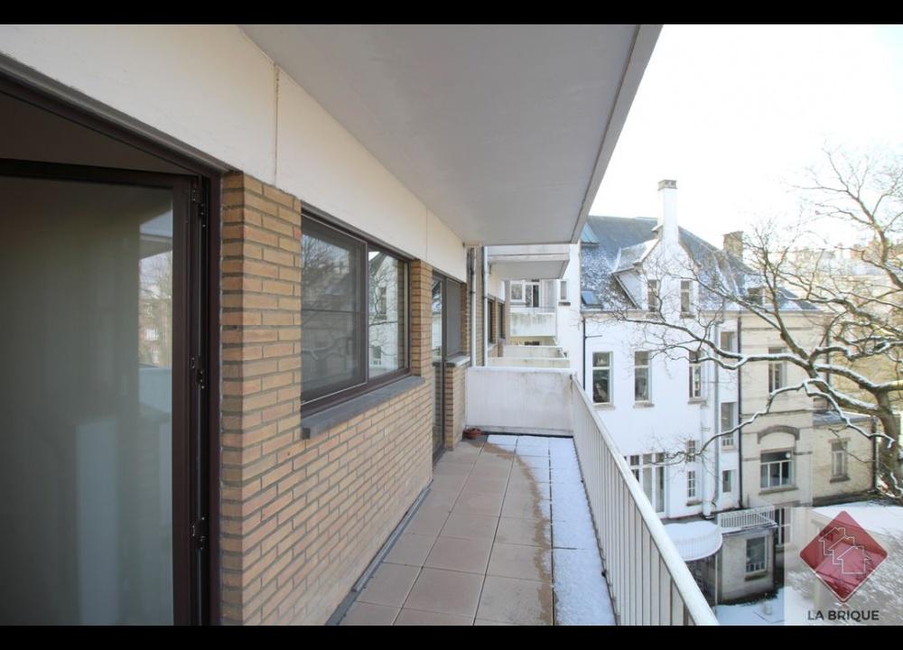 *Loué* UCCLE - Appartement 3 chambres avec parking