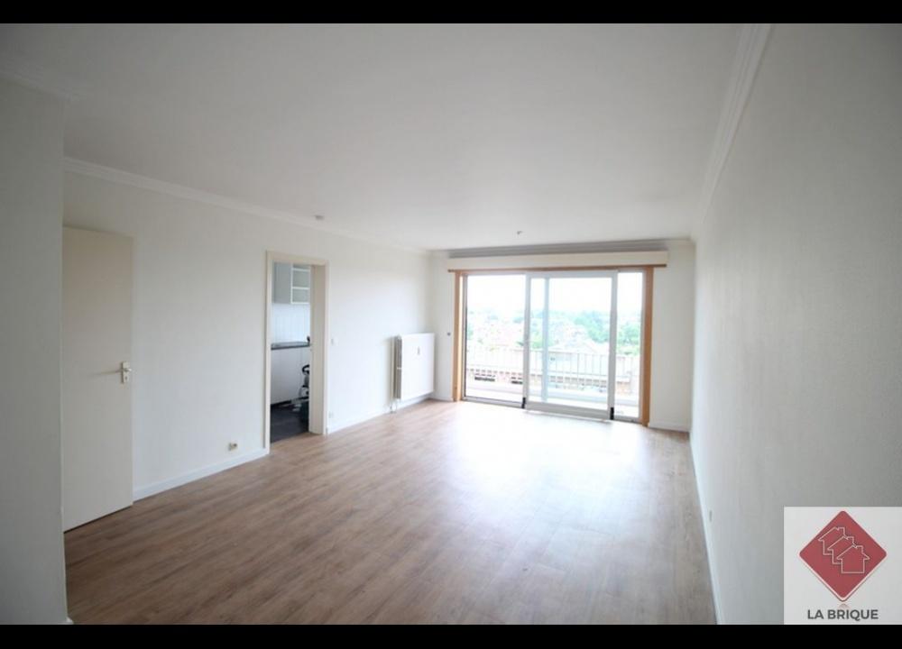 * Loué * WATERLOO Centre - Appartement 1 chambre avec terrasse